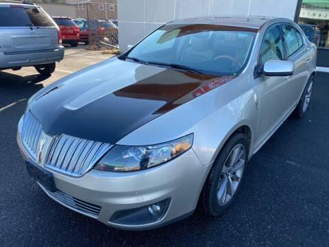 2011 Lincoln MKS for sale at MAGIC AUTO SALES in Little Ferry NJ