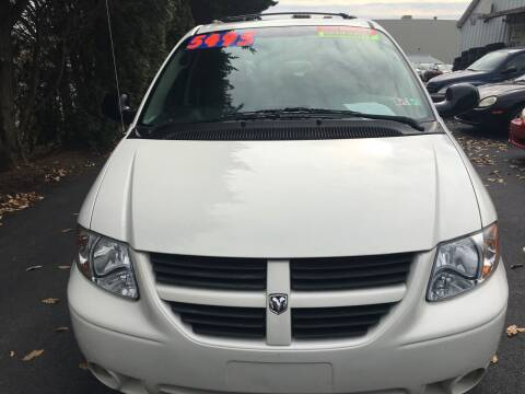 2007 Dodge Grand Caravan for sale at BIRD'S AUTOMOTIVE & CUSTOMS in Ephrata PA