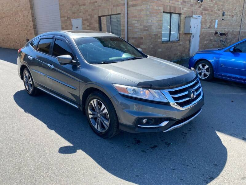 2013 Honda Crosstour for sale at KARMA AUTO SALES in Federal Way WA