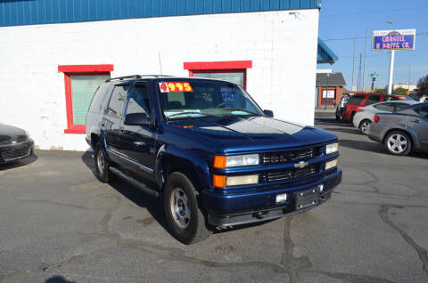2000 Chevrolet Tahoe for sale at CARGILL U DRIVE USED CARS in Twin Falls ID