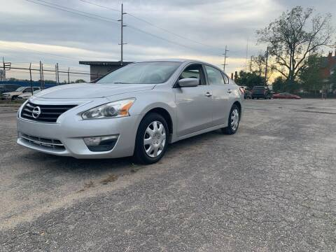 2013 Nissan Altima for sale at Eddie's Auto Sales in Jeffersonville IN