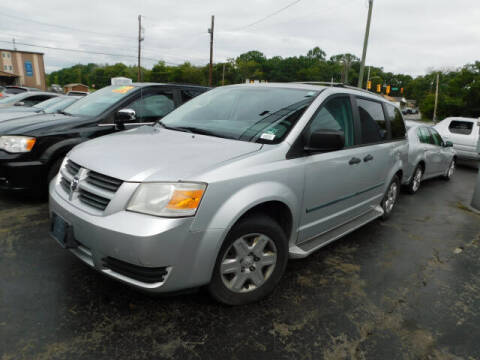 2008 Dodge Grand Caravan for sale at WOOD MOTOR COMPANY in Madison TN