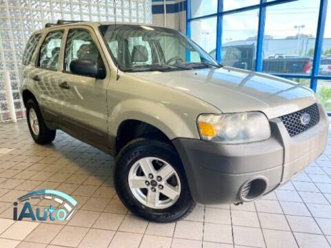 2005 Ford Escape for sale at iAuto in Cincinnati OH