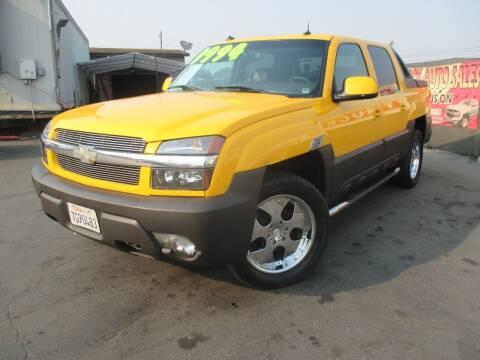 2003 Chevrolet Avalanche for sale at Quick Auto Sales in Modesto CA