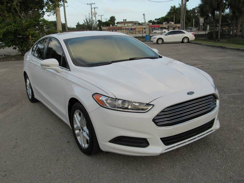 2016 Ford Fusion for sale at United Auto Center in Davie FL