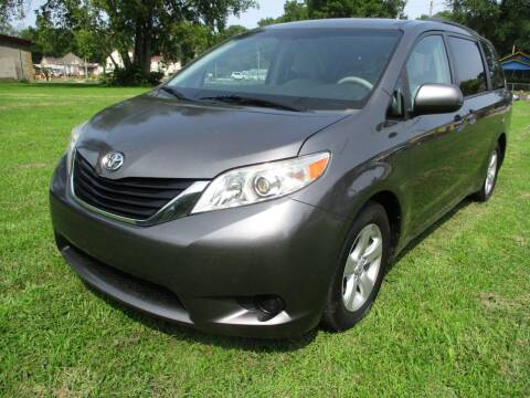 2011 Toyota Sienna for sale at Dons Carz in Topeka KS