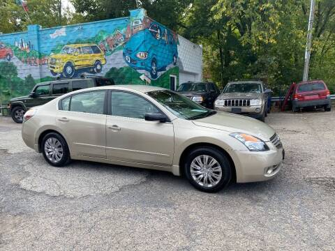 2009 Nissan Altima for sale at Showcase Motors in Pittsburgh PA