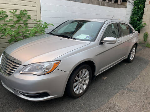 2012 Chrysler 200 for sale at UNION AUTO SALES in Vauxhall NJ