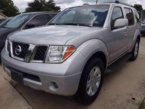 2006 Nissan Pathfinder for sale at Auto Haus Imports in Grand Prairie TX
