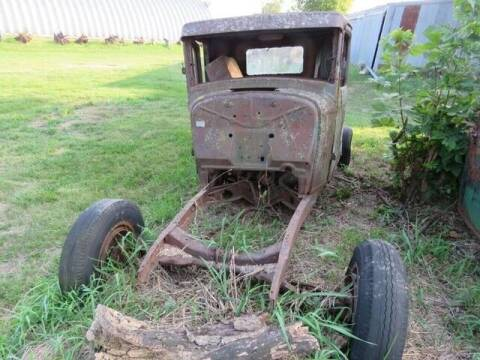 1932 Ford F-100 for sale at CarsBikesBoats.com in Round Mountain TX