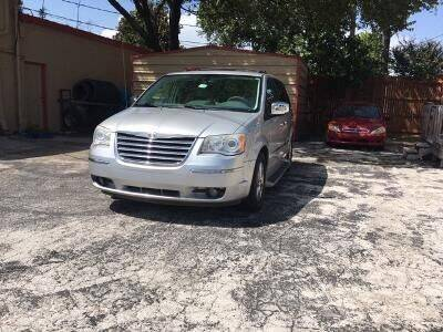 2010 Chrysler Town and Country for sale at Used Car City in Tulsa OK