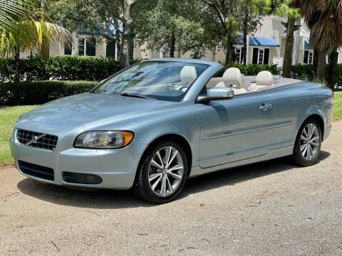 2010 Volvo C70 for sale at VE Auto Gallery LLC in Lake Park FL