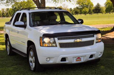 2011 Chevrolet Avalanche for sale at Auto House Superstore in Terre Haute IN