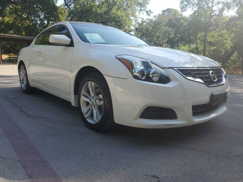 2012 Nissan Altima for sale at Thornhill Motor Company in Lake Worth TX
