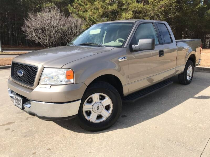 2004 Ford F-150 for sale at Global Imports Auto Sales in Buford GA