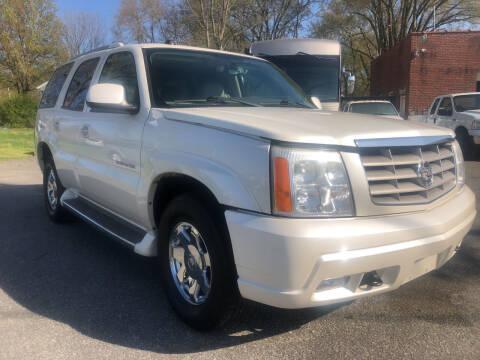 2005 Cadillac Escalade for sale at Creekside Automotive in Lexington NC