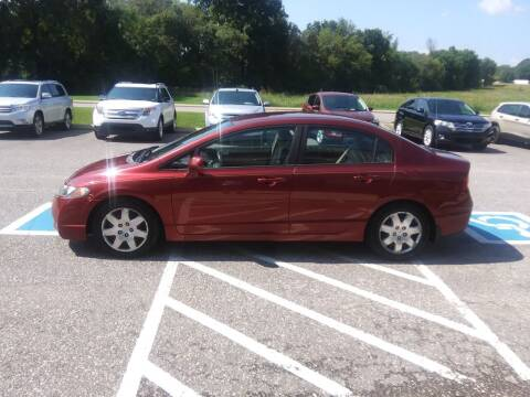 2011 Honda Civic for sale at DOUG'S AUTO SALES INC in Pleasant View TN