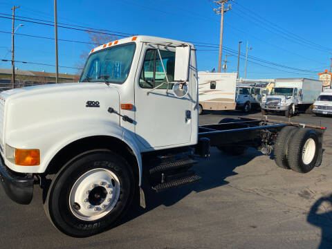2001 International 4700 for sale at Dorn Brothers Truck and Auto Sales in Salem OR