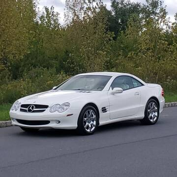 2003 Mercedes-Benz SL-Class for sale at R & R AUTO SALES in Poughkeepsie NY