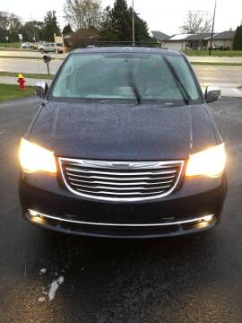 2012 Chrysler Town and Country for sale at Wyss Auto in Oak Creek WI