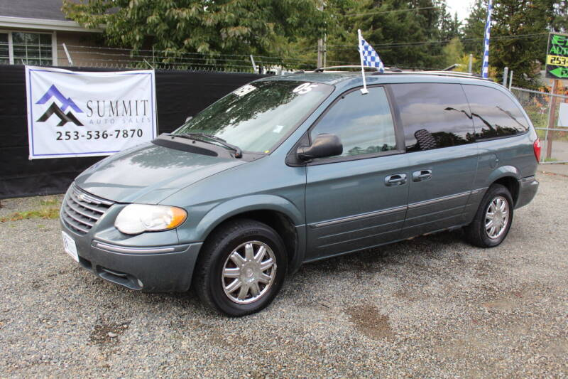 2005 Chrysler Town and Country for sale at Summit Auto Sales in Puyallup WA