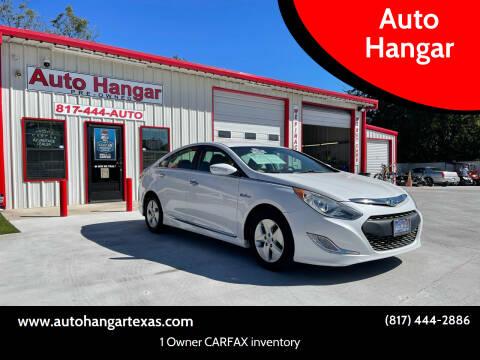 2012 Hyundai Sonata Hybrid for sale at Auto Hangar in Azle TX