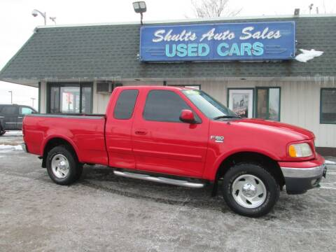 2000 Ford F-150 for sale at SHULTS AUTO SALES INC. in Crystal Lake IL
