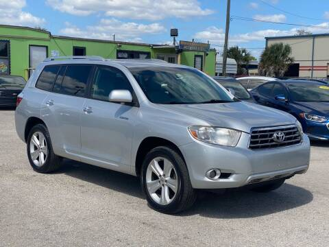 2010 Toyota Highlander for sale at Marvin Motors in Kissimmee FL