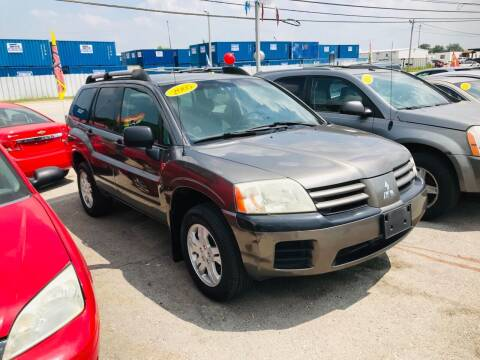 2005 Mitsubishi Endeavor for sale at I57 Group Auto Sales in Country Club Hills IL