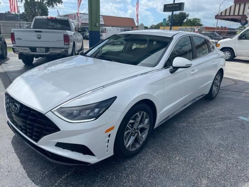 2020 Hyundai Sonata for sale at CHASE MOTOR in Miami FL