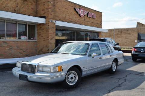 1993 Lincoln Town Car for sale at JT AUTO in Parma OH