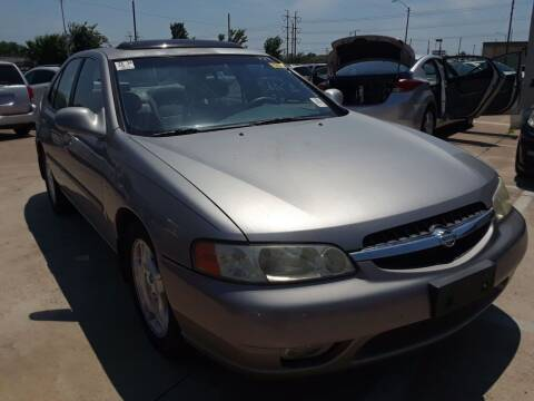 2000 Nissan Altima for sale at Auto Haus Imports in Grand Prairie TX
