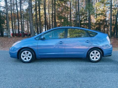 2009 Toyota Prius for sale at H&C Auto in Oilville VA