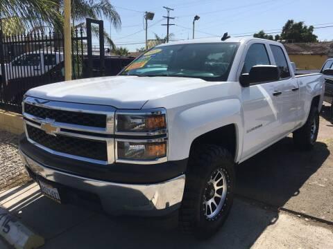 2015 Chevrolet Silverado 1500 for sale at JR'S AUTO SALES in Pacoima CA