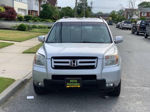2006 Honda Pilot for sale at Reis Motors LLC in Lawrence NY