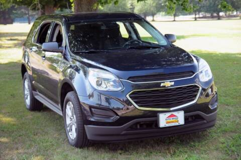 2017 Chevrolet Equinox for sale at Auto House Superstore in Terre Haute IN