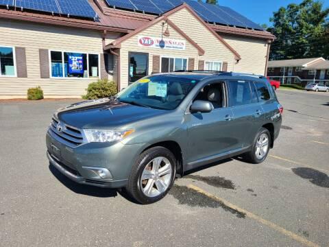 2013 Toyota Highlander for sale at V & F Auto Sales in Agawam MA