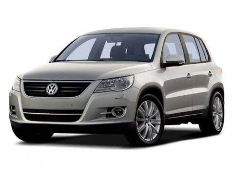 2009 Volkswagen Tiguan for sale at Park Place Motor Cars in Rochester MN