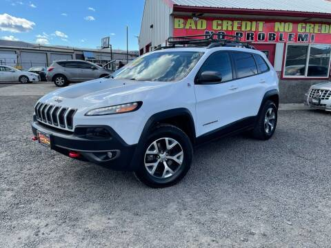 2015 Jeep Cherokee for sale at Yaktown Motors in Union Gap WA