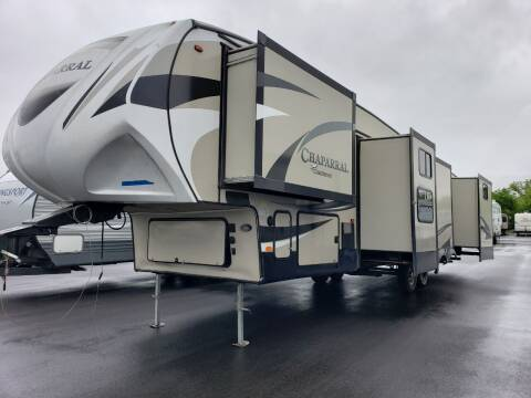 2017 Forest River chaparral 371MRB for sale at Ultimate RV in White Settlement TX
