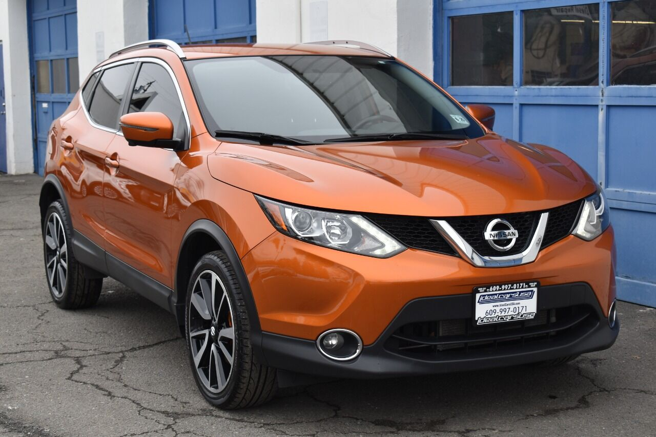 2017 Nissan Rogue Sport SL AWD 4dr Crossover full