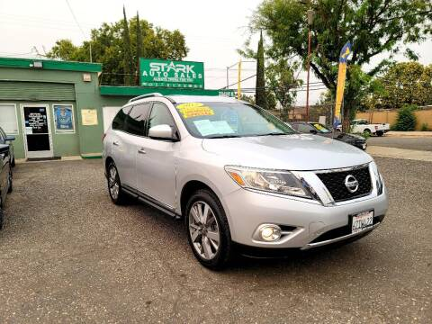 2013 Nissan Pathfinder for sale at Stark Auto Sales in Modesto CA