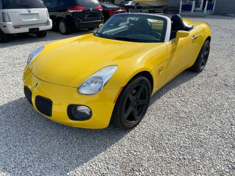 2007 Pontiac Solstice for sale at Davidson Auto Deals in Syracuse IN