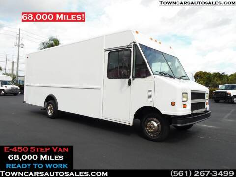 2002 Ford E-450 for sale at Town Cars Auto Sales in West Palm Beach FL