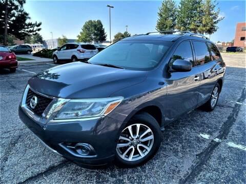2013 Nissan Pathfinder for sale at CarDen in Denver CO