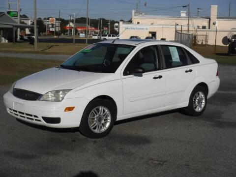 2007 Ford Focus for sale at J Moores Auto Sales Inc in Kinston NC