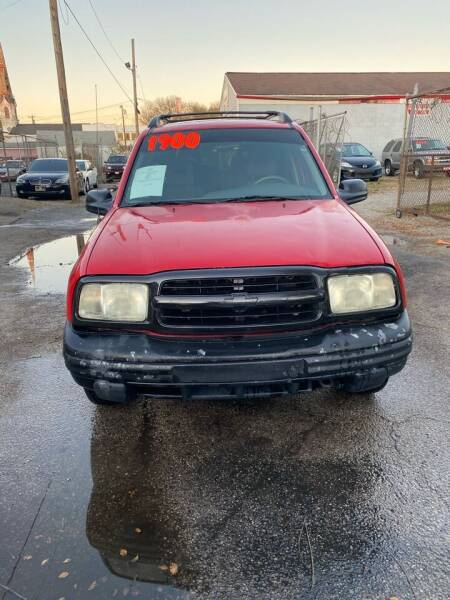 2003 Chevrolet Tracker for sale at Rod's Automotive in Cincinnati OH