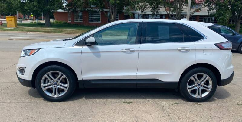 2017 Ford Edge for sale at Mulder Auto Tire and Lube in Orange City IA