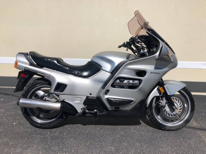 1991 Honda ST1100 for sale at Autos Under 5000 + JR Transporting in Island Park NY