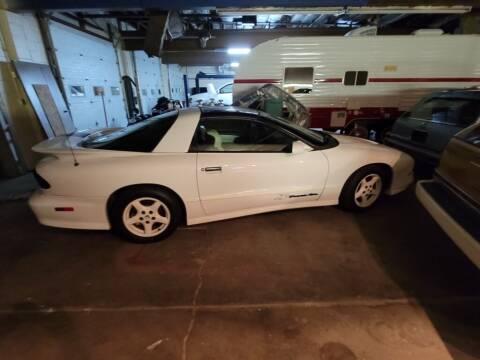 1987 Chevrolet Corvette for sale at Claborn Motors, INC in Cambridge City IN